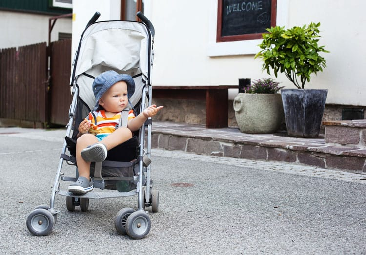 rent a stroller for family vacation