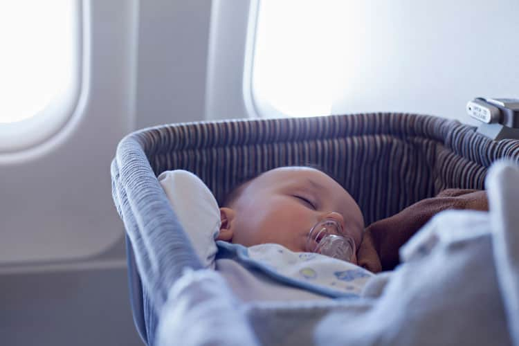 Airline Rules For Flying With Baby On American United