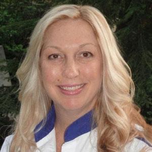 Dr. Amanda Tavoularis