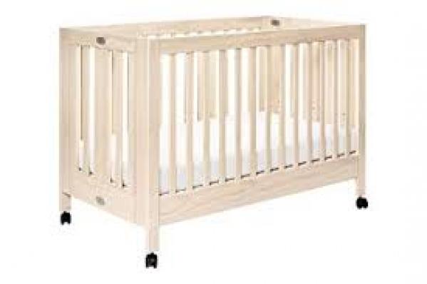 BabyQuip - Baby Equipment Rentals - Babyletto Maki Full-size Folding Crib with Linen - Babyletto Maki Full-size Folding Crib with Linen -