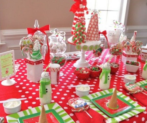 BabyQuip - Baby Equipment Rentals - Large Christmas Dinner Kids Table - Large Christmas Dinner Kids Table -