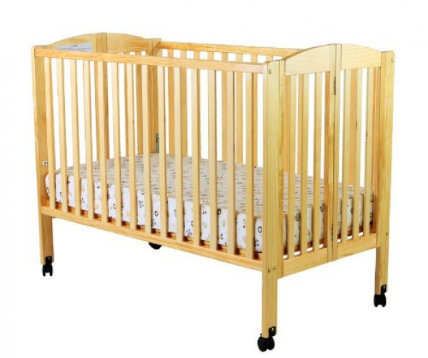 Full-size Crib with Linens (SOLD OUT THANKSGIVING)