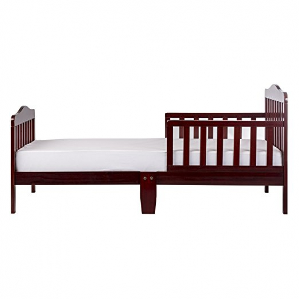 BabyQuip - Baby Equipment Rentals - Wooden toddler bed - Wooden toddler bed -