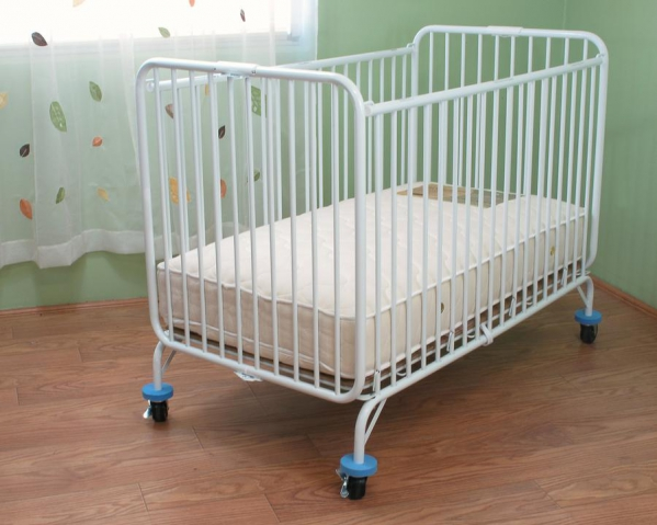 Cruise Approved Full Size Crib