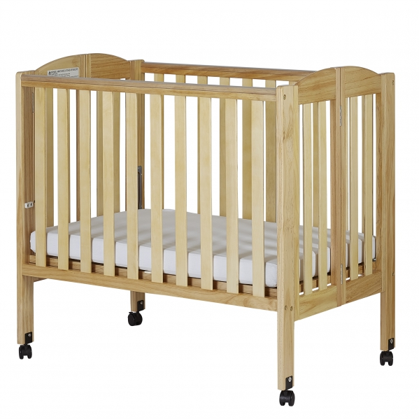 Condo/Hotel Mini Portable Crib With Linens