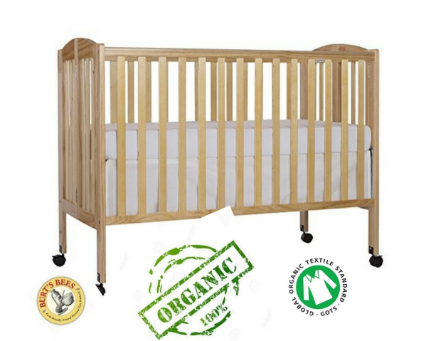 Full-size Crib with 100% Organic Linens