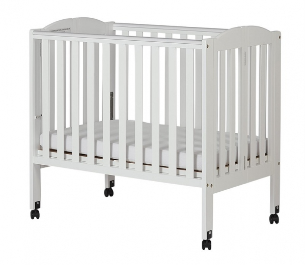 Condo Size Mini Crib and Sheet