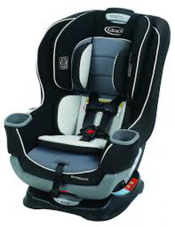 BabyQuip Baby Equipment Rentals - Convertible Car Seat - Breana & Will Tocki - Rosemead, California