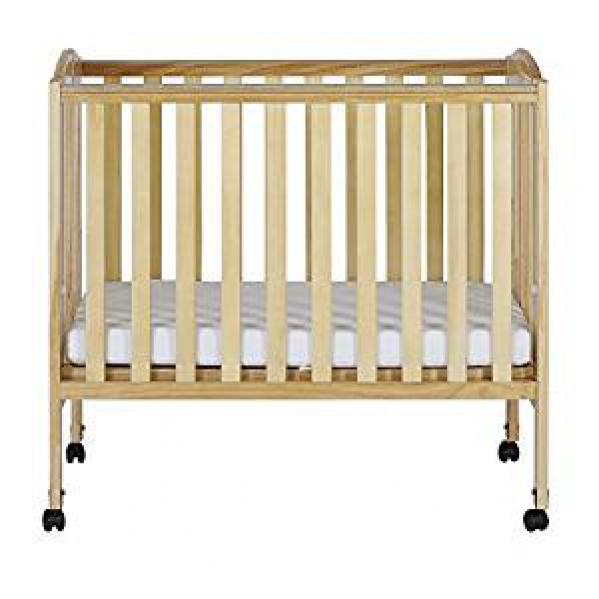 BabyQuip - Baby Equipment Rentals - Dream on Me Portable Crib with linen - Dream on Me Portable Crib with linen -