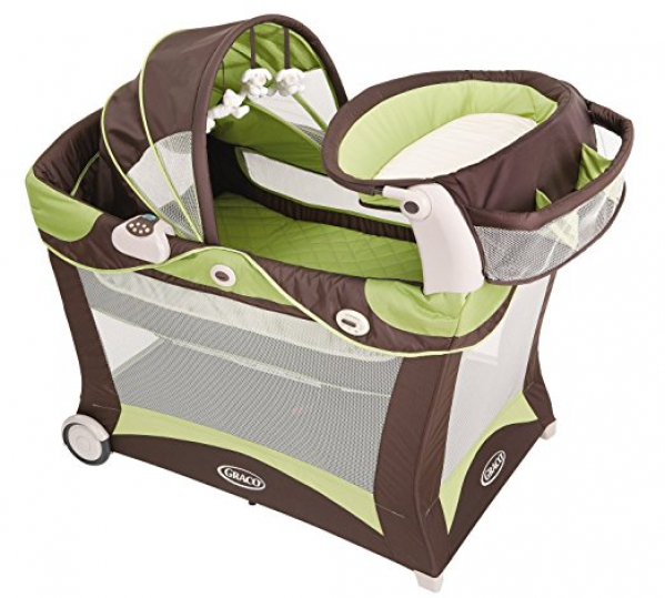 Graco Pack 'N Play Playard with Changer & Bassinet