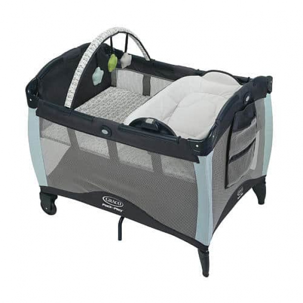 Pack'n Play with bassinet and changer