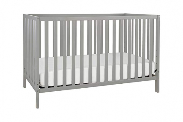 Full Sized Crib with Linens