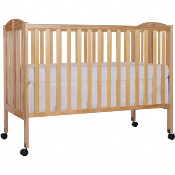 Full-size Wooden Crib With Cotton Linens