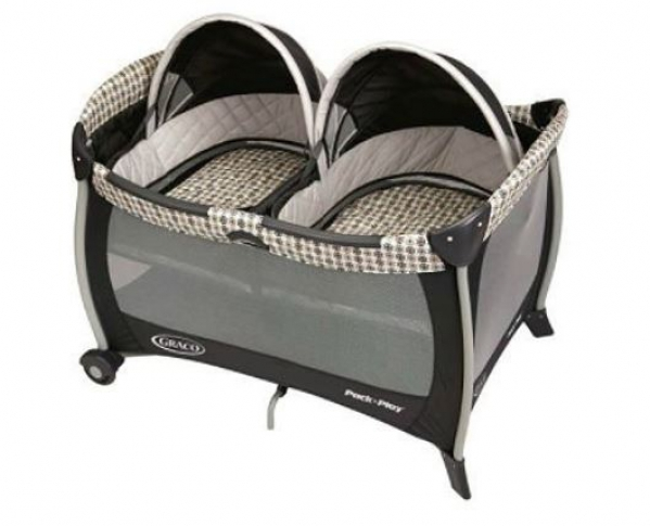 Twin Pack 'n Play Playard with Bassinets